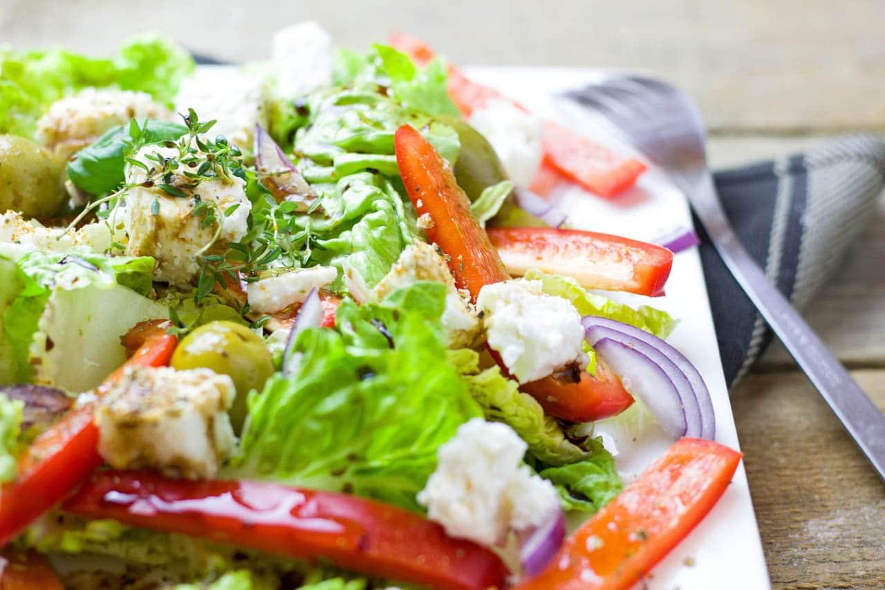 φωτογράφιση ελληνικής σαλάτας